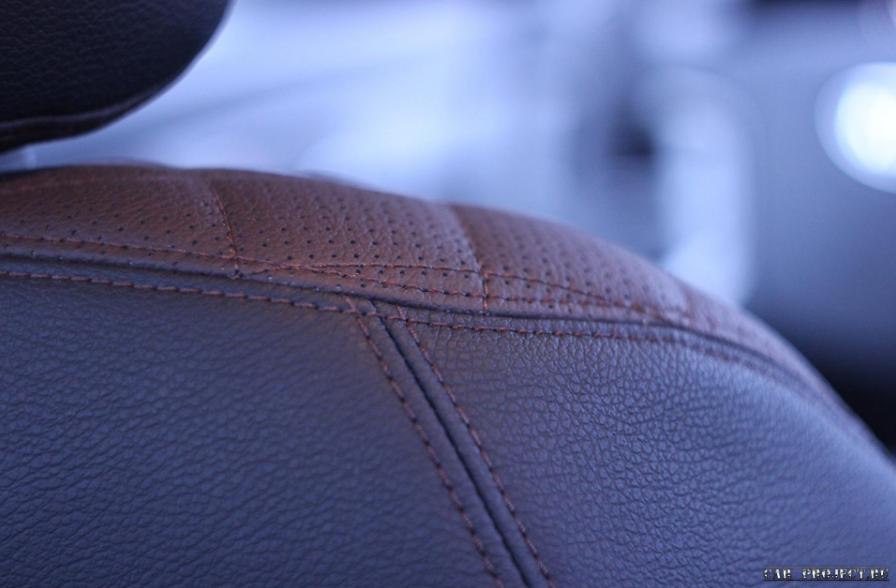 Перетяжка салона в кожу на автомобиле Киа Маджентис